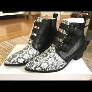 RAYE black leather/snake boots